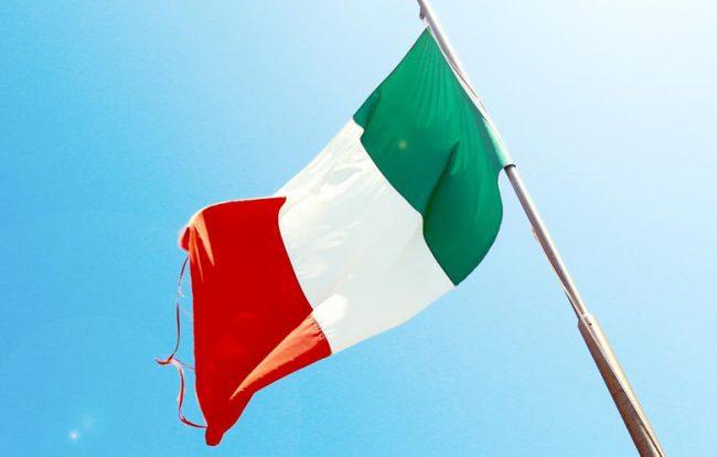 bandiera-italiana-sventola_781x498