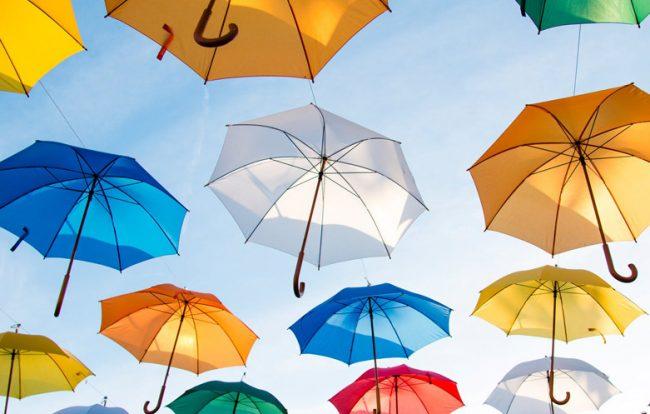 ombrelli-colorati-protezione_781x498